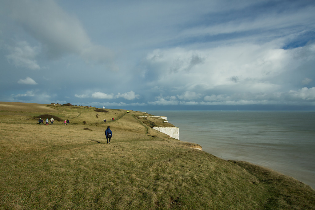 Tourists (White cliffs)
