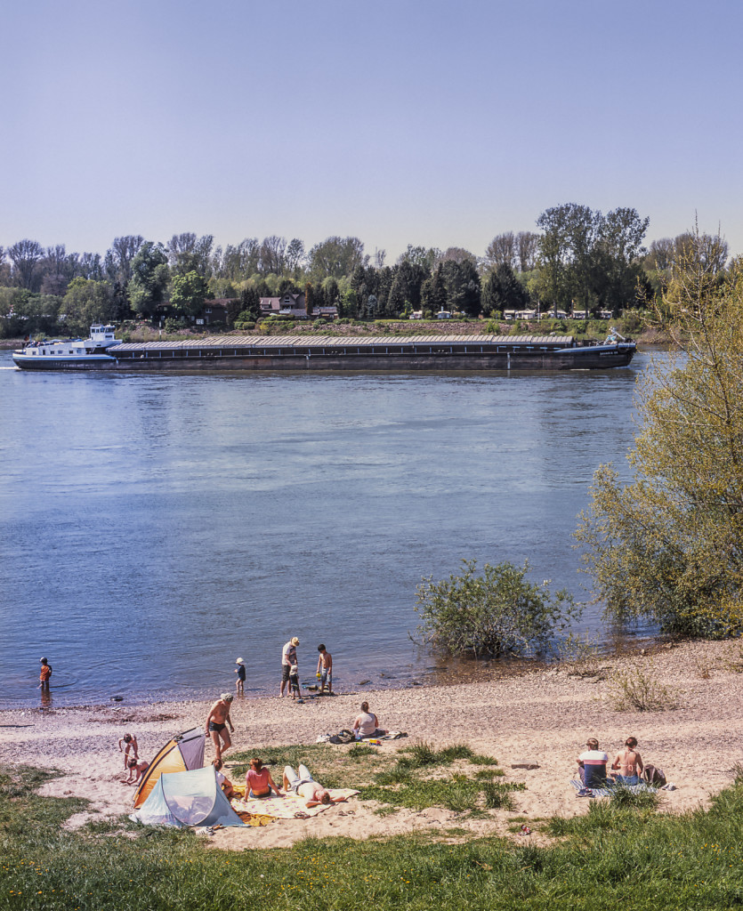 Rhein-Ruhr (Scenes from two rivers)
